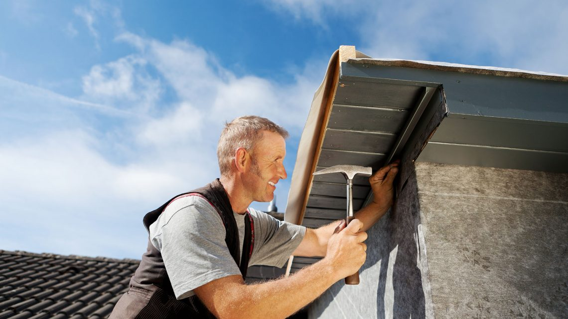 7 Signs You Need a Roof Restoration or Repair